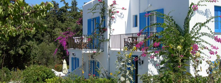 Garden of Paros Accommodation Bizas in Parikia